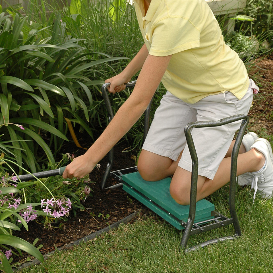 25 Gardening Tools Make Job Easier